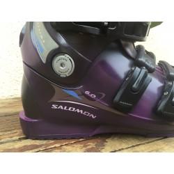 Paire de chaussures de ski salomon