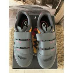 Chaussures vtt femmes 37 neuves